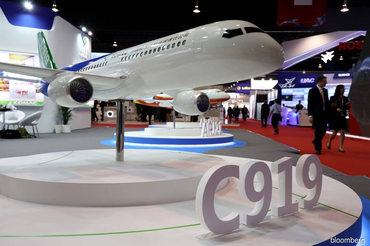 China Eastern signs firm order with COMAC to buy five C919 jets