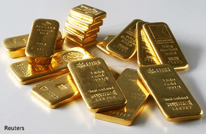 Gold set for 2nd weekly gain, eyes on US healthcare vote