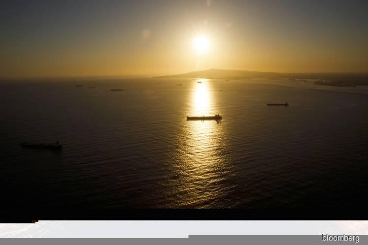 Vast amounts of Venezuelan oil are hidden en route to China, bypassing U.S. sanctions — data, documents