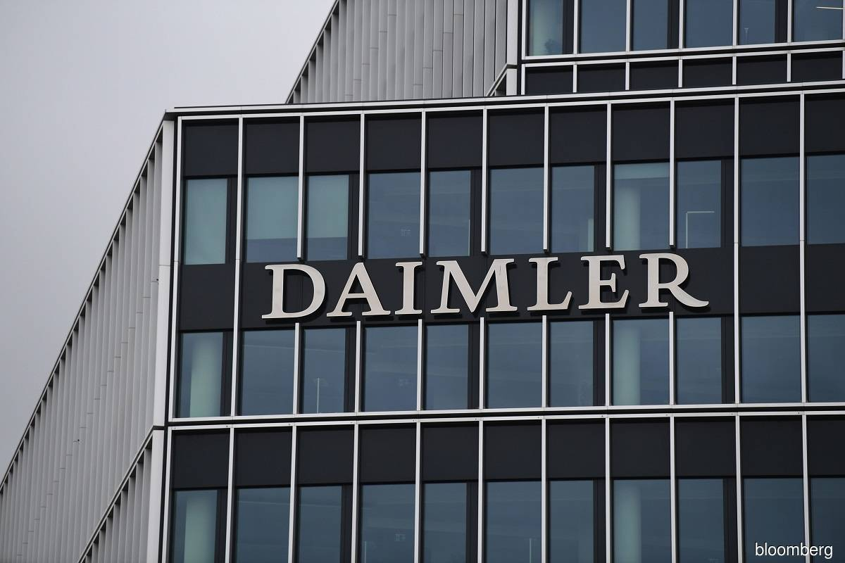 Daimler's China venture aims to raise capacity 45% at Mercedes-Benz plants — document