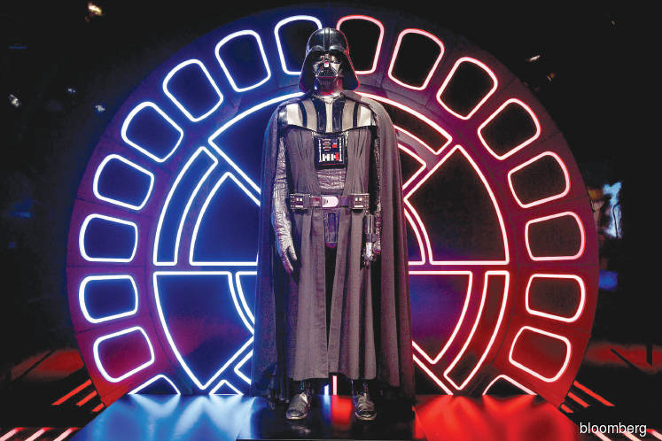COLLECTION: Darth Vader outfit from 'Empire' may auction for US$2m