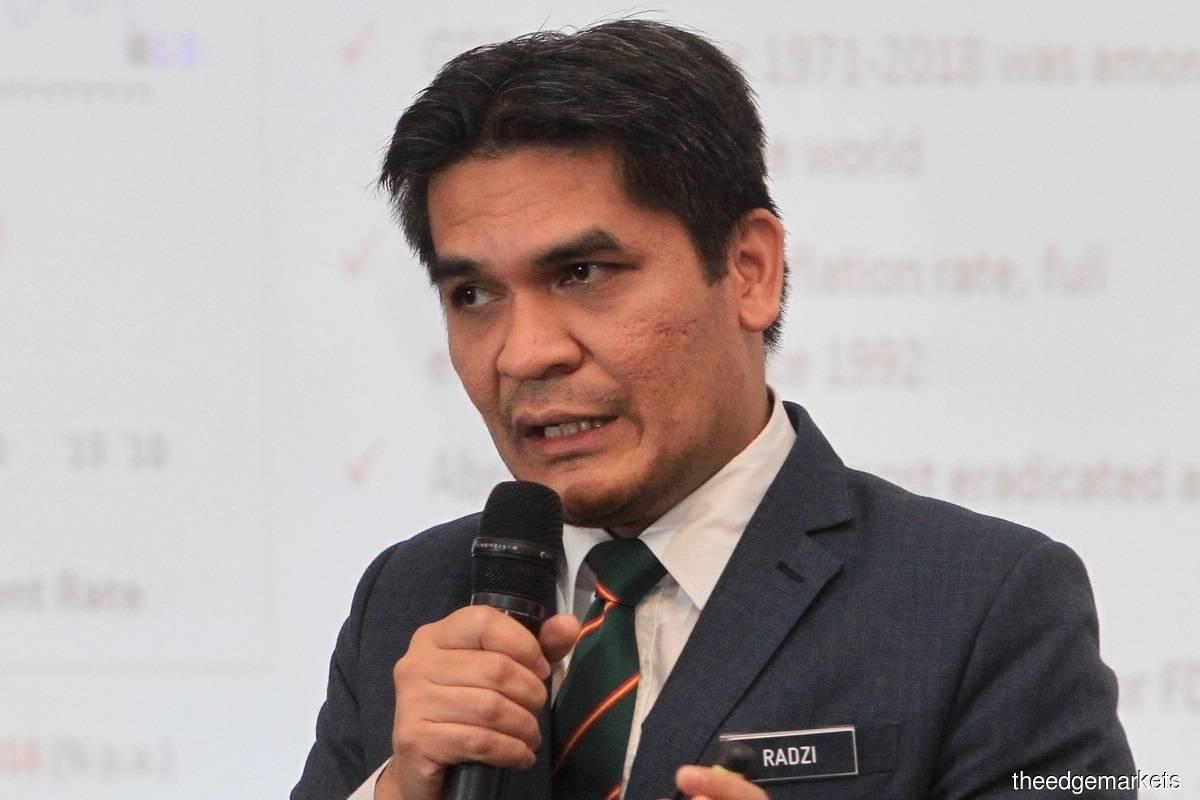 Datuk Dr Mohd Radzi Md Jidin (Photo by Shahrin Yahya/The Edge)