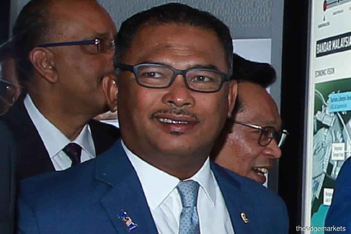 Datuk Seri Idris Haron (Photo by Shahrin Yahya/The Edge)