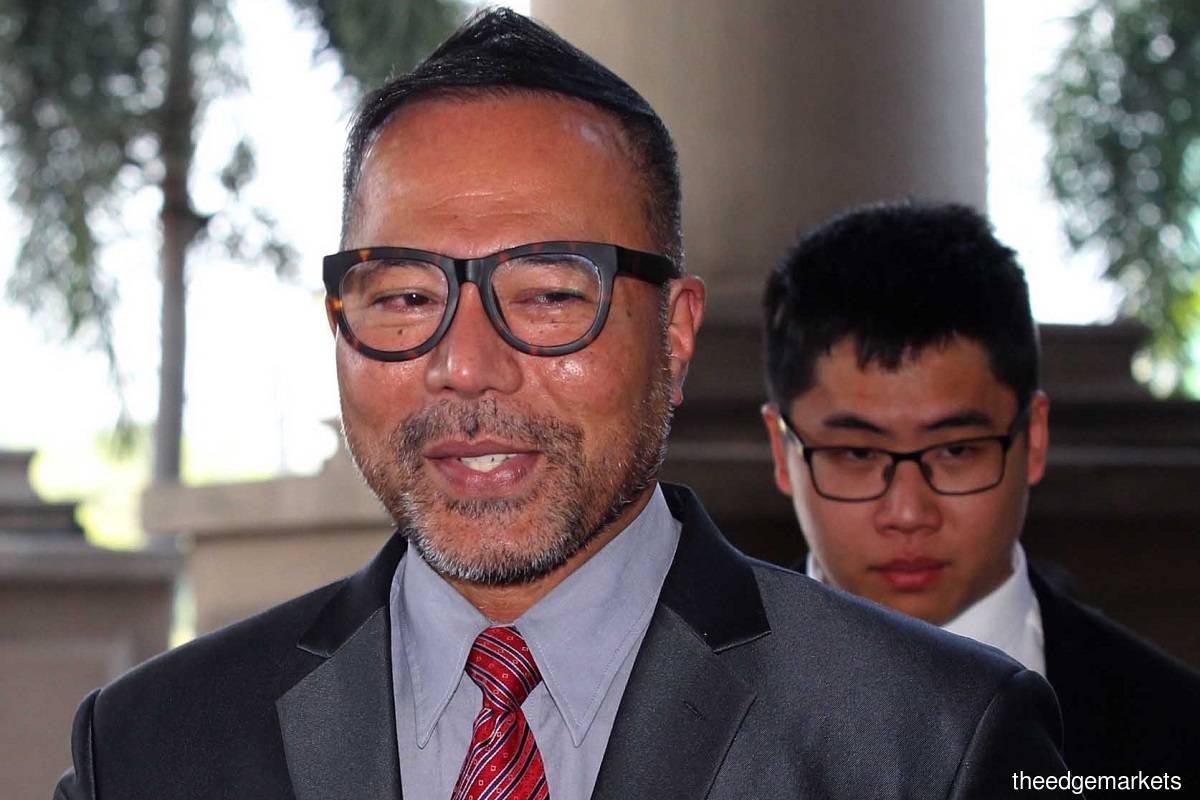 Datuk Seri Khairuddin Abu Hassan (front) (File photo by Kenny Yap/The Edge)