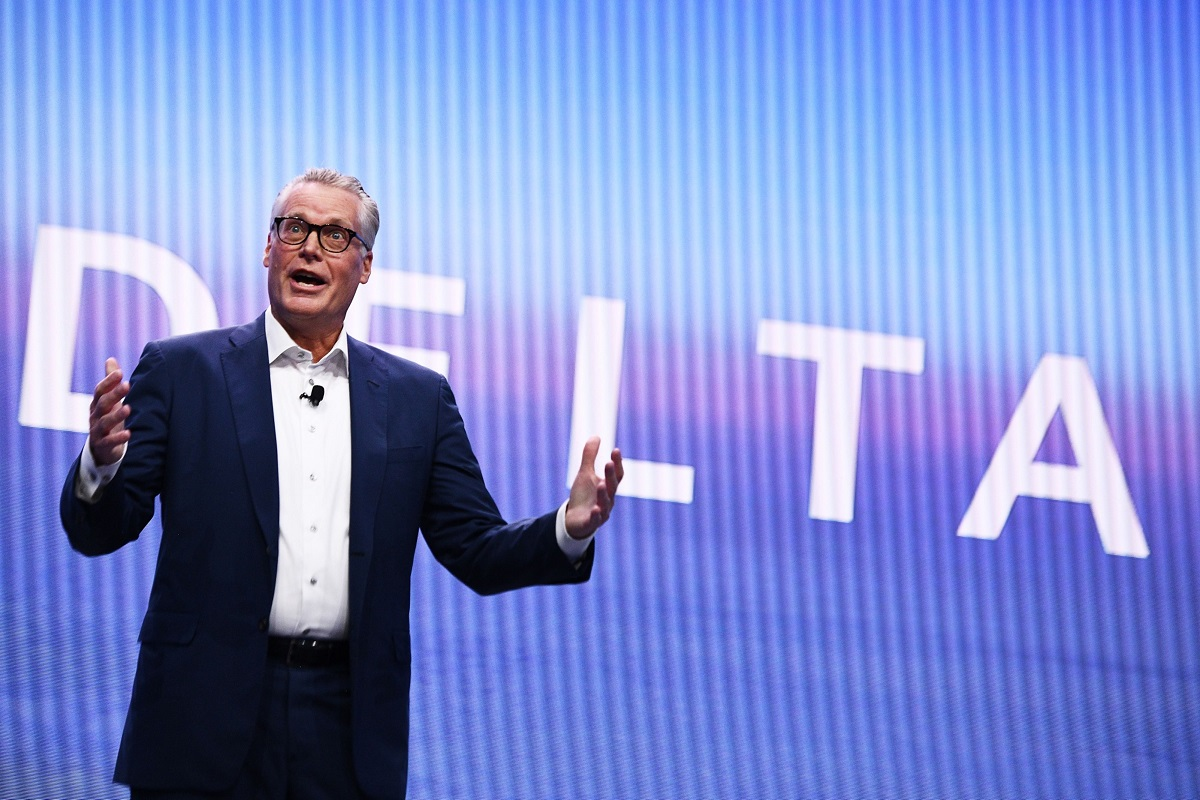 Delta Air CEO reiterates cash flow target in 'year of recovery'