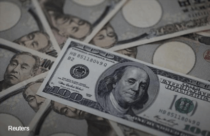 Dollar records best month against yen in seven years