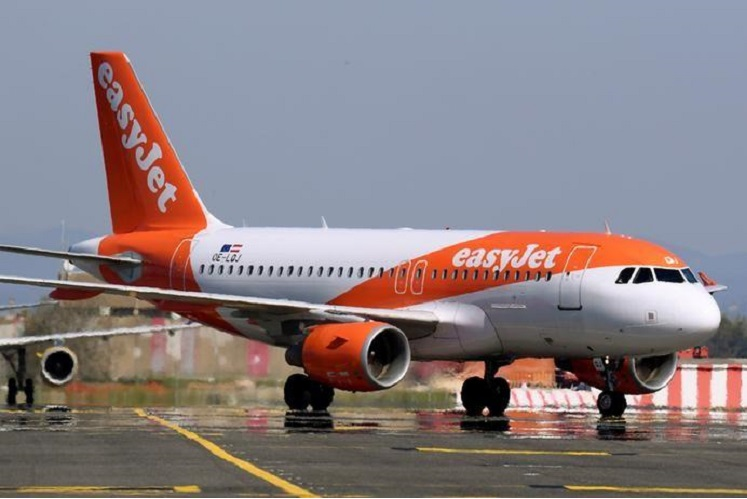 EasyJet's top shareholder demands more after fleet grounding