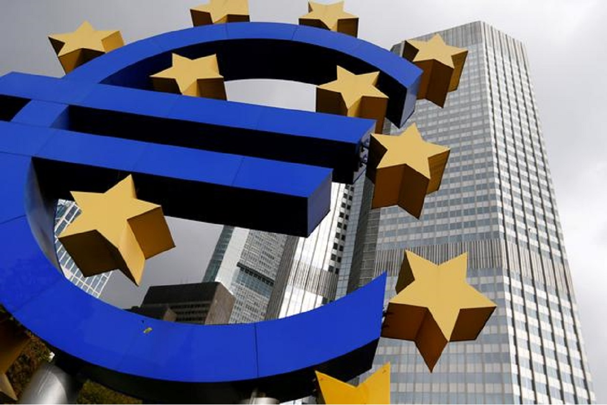 Euro zone inflation drop adds to ECB stimulus case