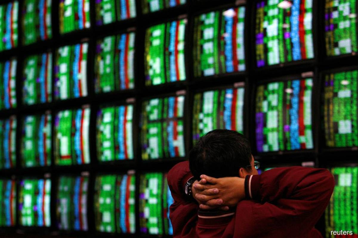 Asian shares edgy amid inflation fears; dollar at one-year high