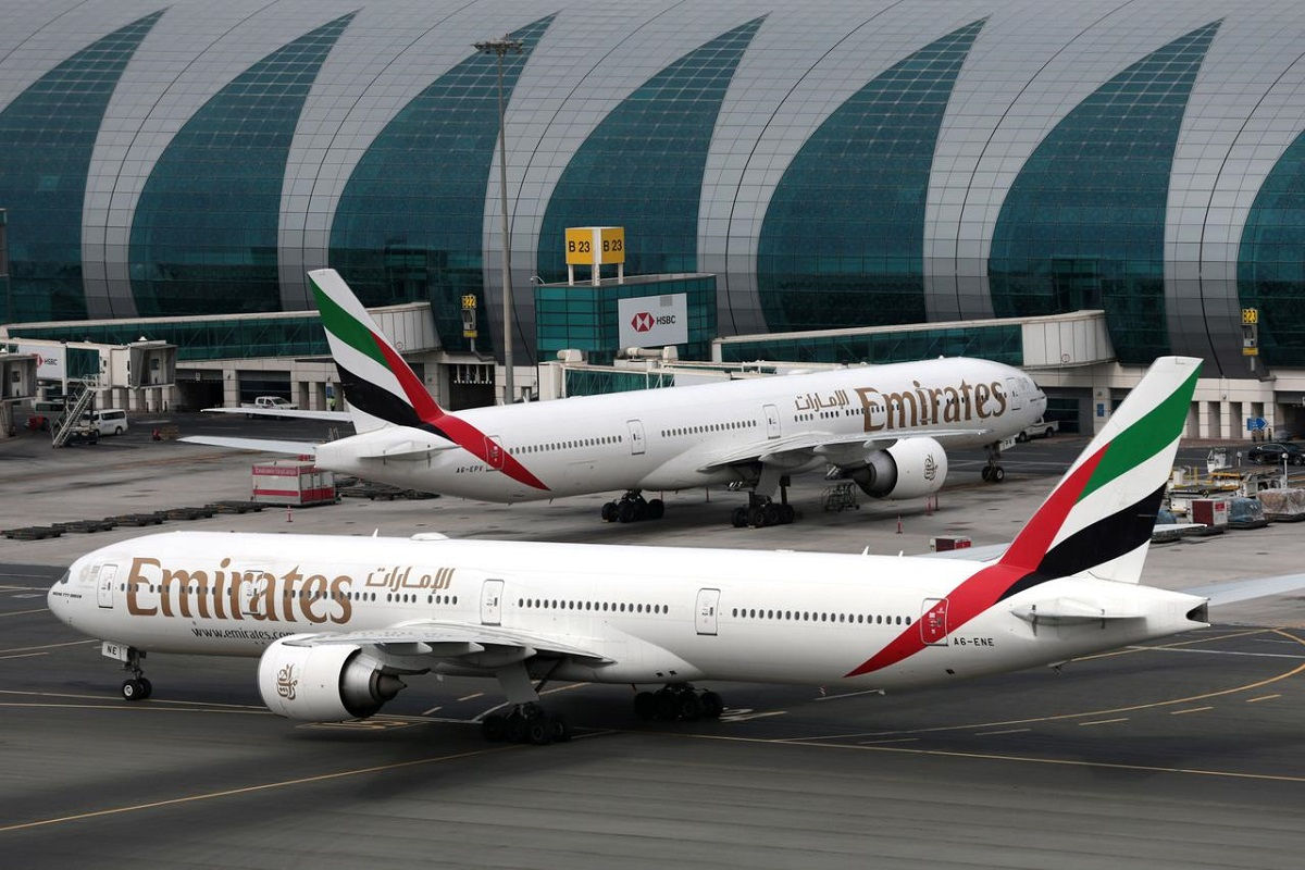 Dubai's Emirates suspends flights to Sydney and Melbourne