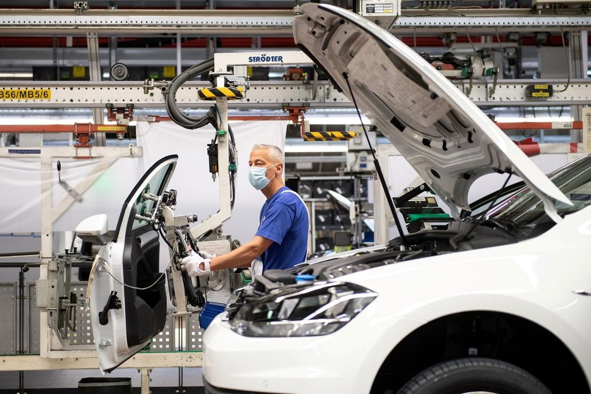Euro zone factory activity bounced back to growth in July — PMI