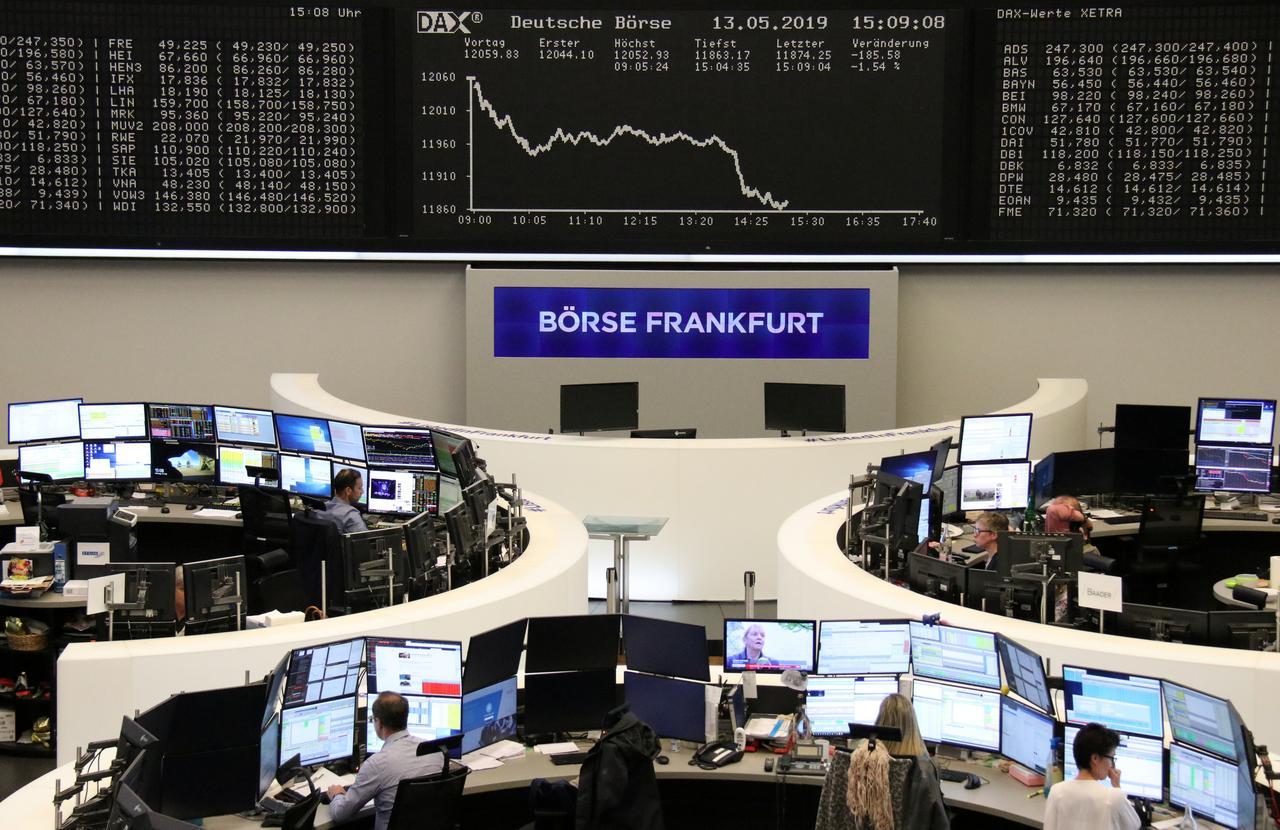 European stocks sink again as virus deaths mount