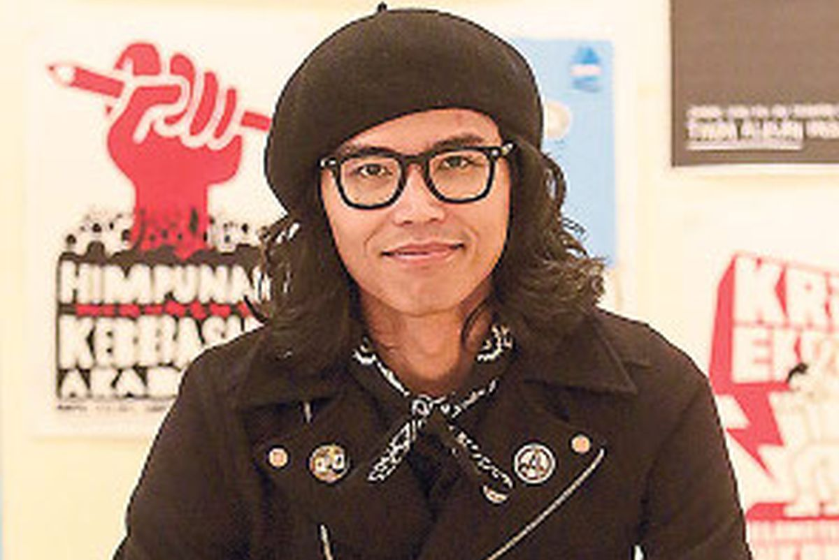 Fahmi Reza arrested for allegedly insulting the Queen