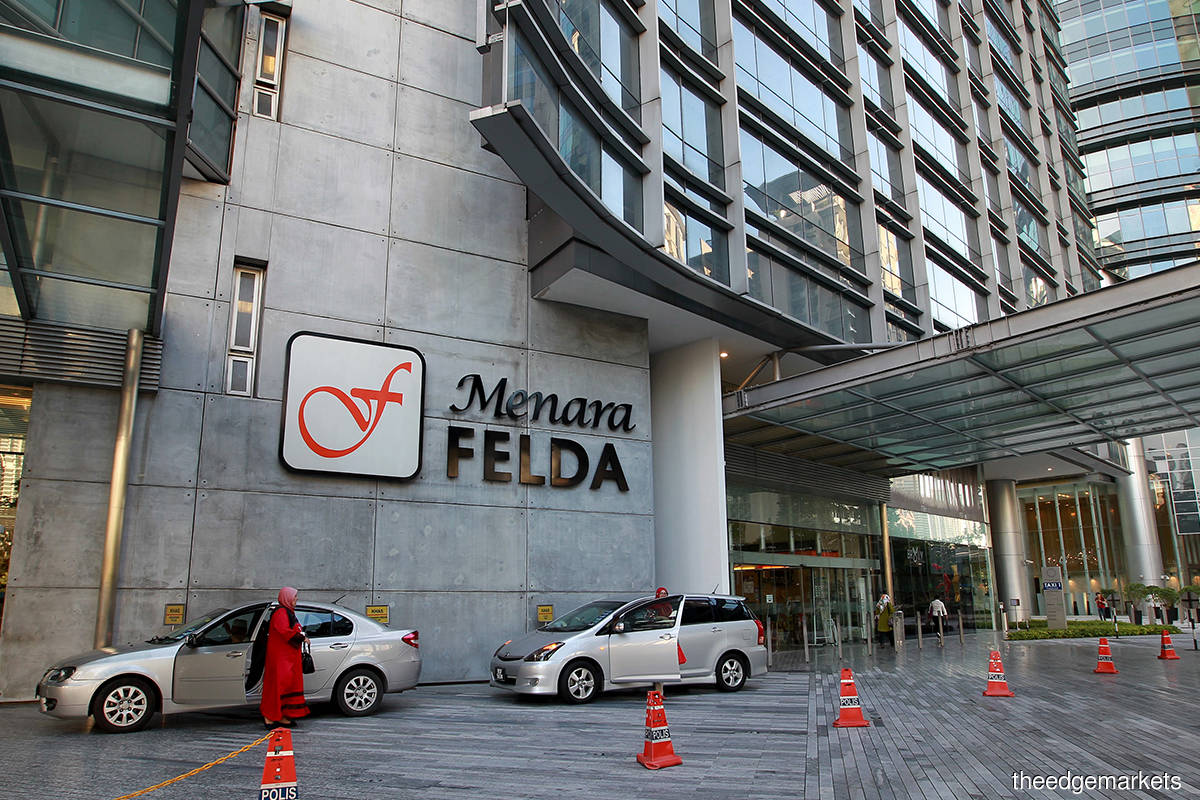 FELDA buys 22 million FGV shares in open market at below cash offer price