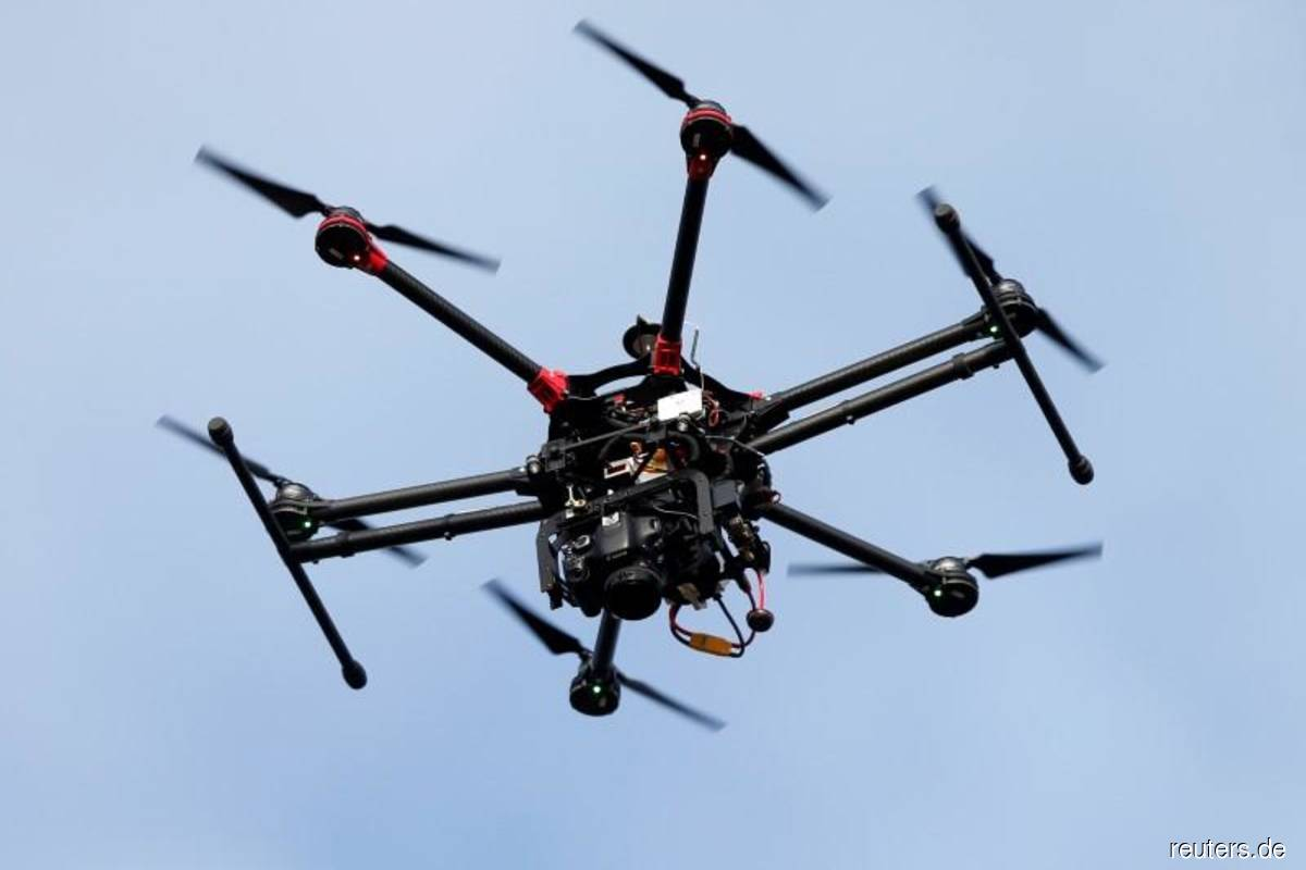 Journalist detained for flying drone at Butterworth courts