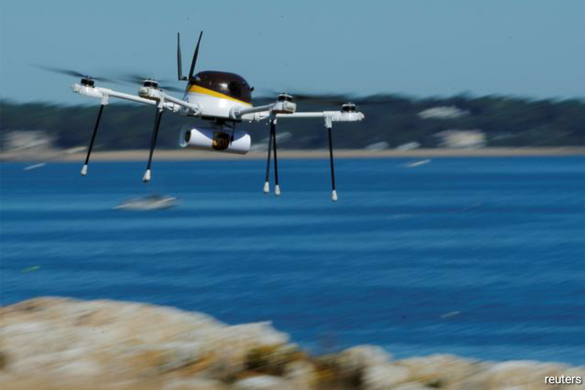 Companies have been racing to create drone fleets to speed deliveries. The United States has over 1.7 million drone registrations and 203,000 FAA-certificated remote pilots. (Photo by Reuters)
