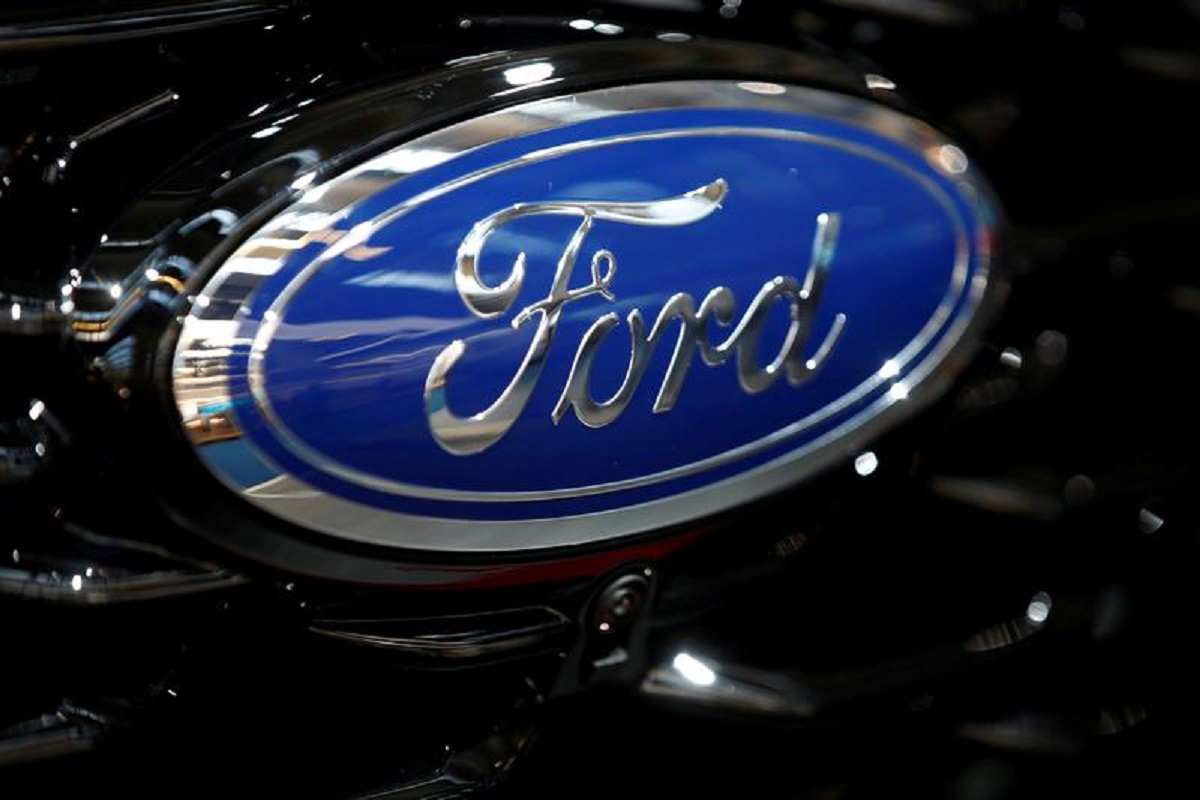 Ford says chip shortage to halve 2Q vehicle output, but could ease this summer