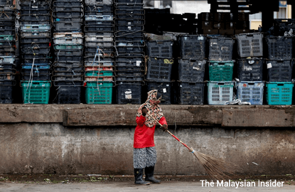 World Bank study shows Malaysians don't lose jobs to foreign workers