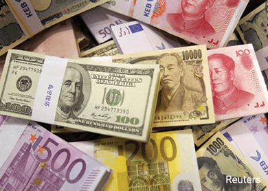 Yen, euro buoyed by risk aversion as China worries weigh