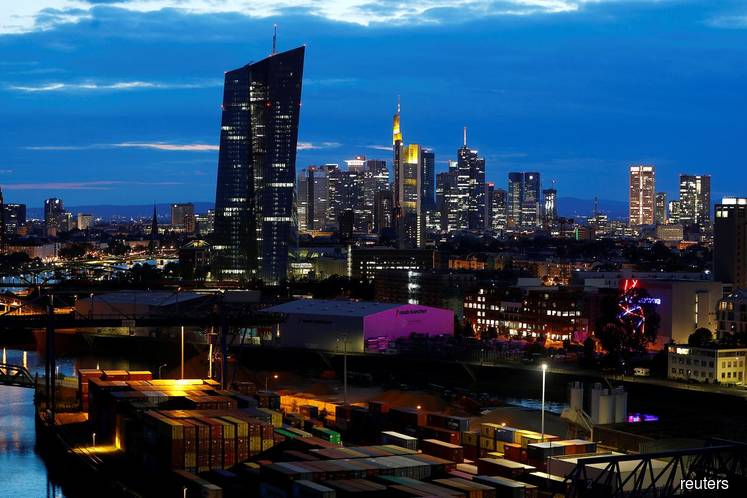 German economy dodges recession with 0.1% expansion in 3Q