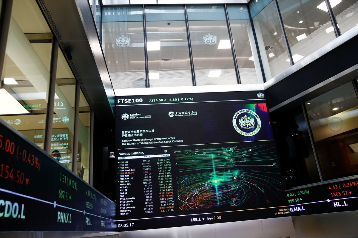 Travel stocks lead UK mid-caps to all-time highs