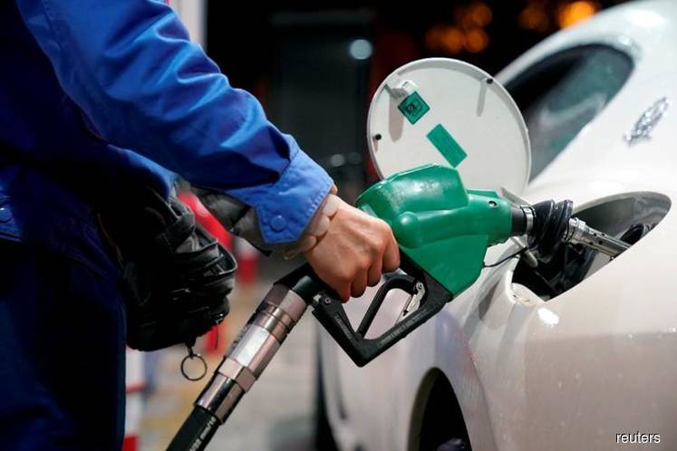 Gasoline profit-margins jump over 150% in Asia, but surge may not last