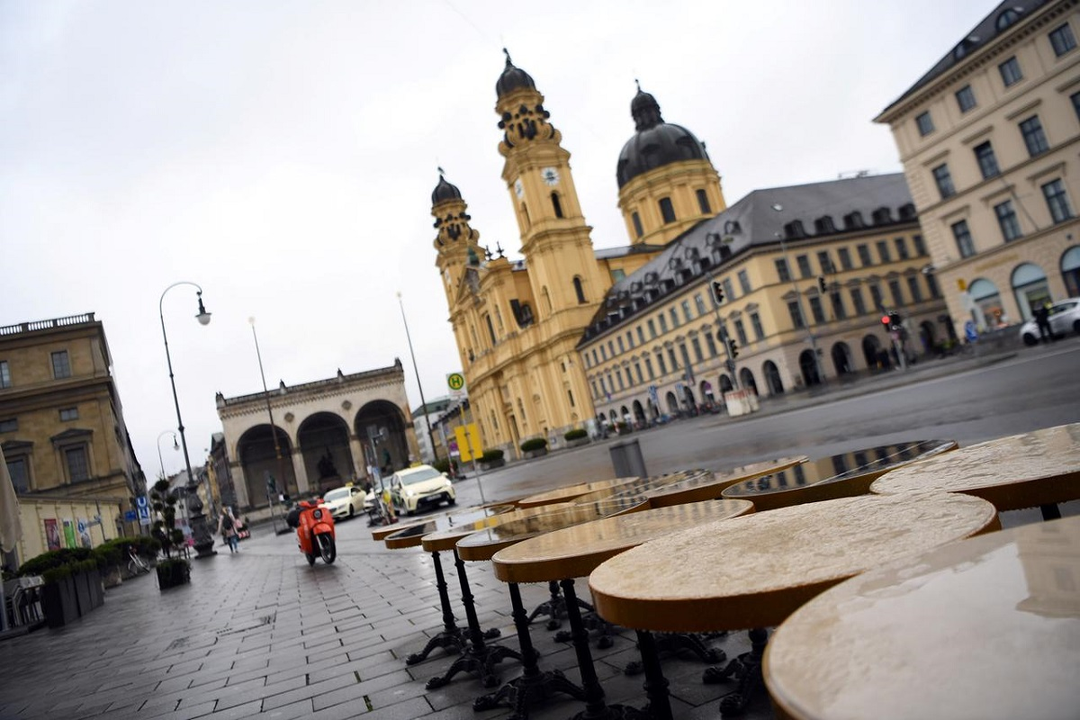 Germany reports record Covid-19 deaths ahead of Christmas talks
