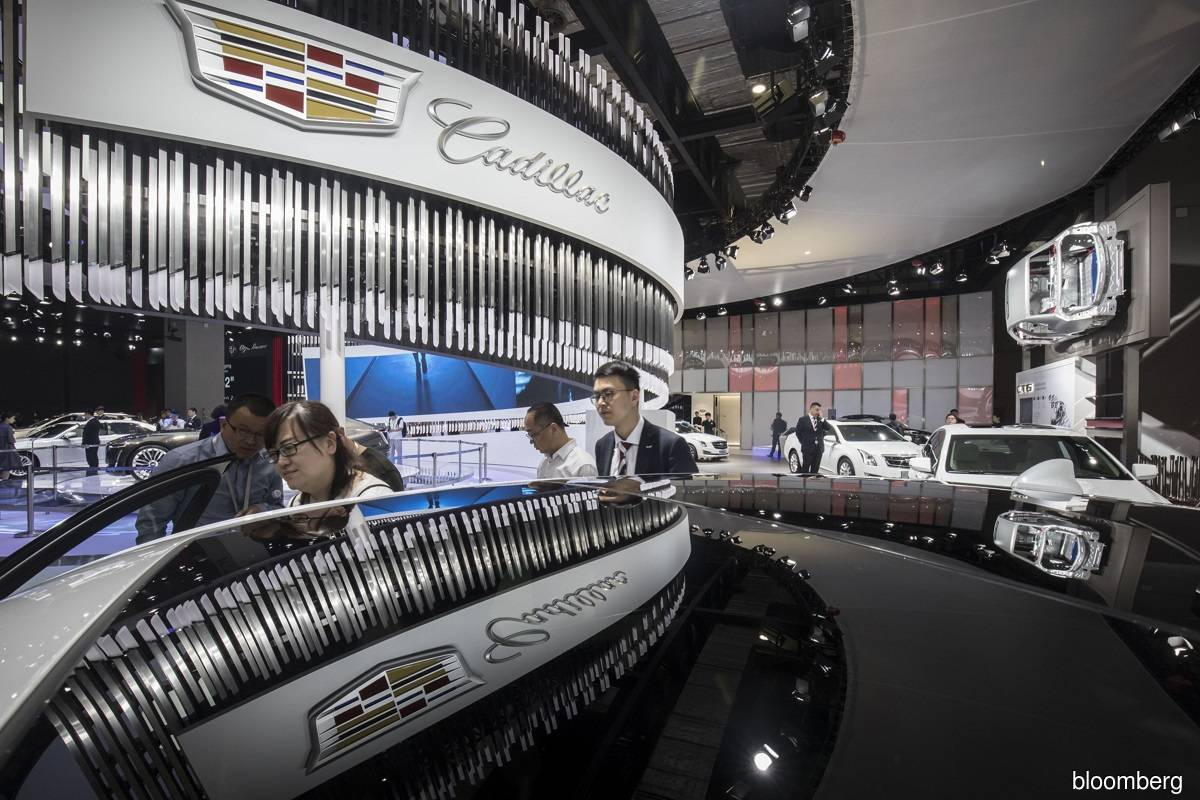 Cadillac, Buick help GM to first China sales growth in two years