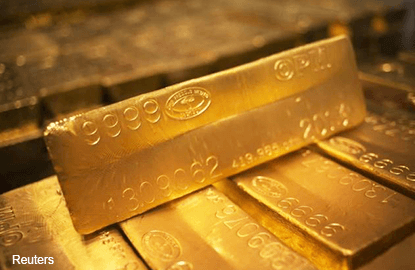 Gold near 3-mth highs on political, economic uncertainty