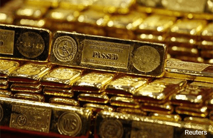 Gold edges higher as global equities hesitate