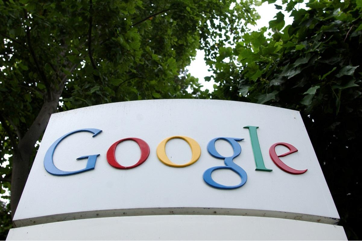 Google defends Android phone maker deals, denies carrot and stick tactics