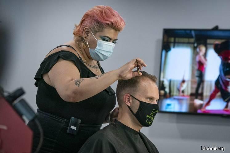 Trump's Surgeon General says 'please, please, please' wear mask