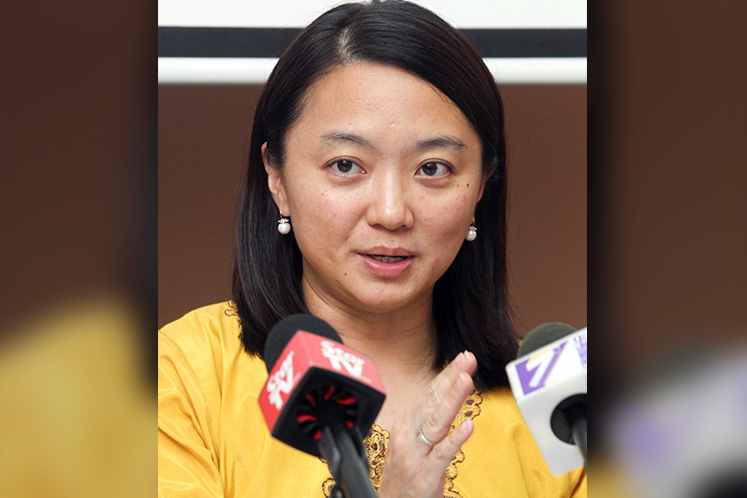 Voice opinion on 7-day paternity leave — Hannah Yeoh