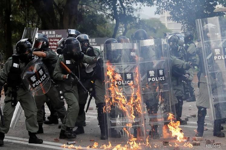 Violence brings Hong Kong to 'brink of total breakdown' — police