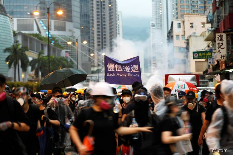 Hong Kong's Cathay Pacific warns against protest outside its premises