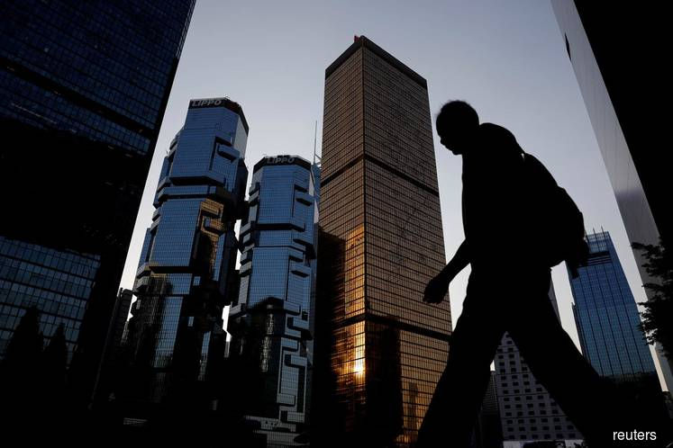 China's rich skirting Hong Kong to seek asset safety elsewhere