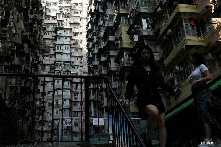 As recession takes hold, HK banks worry about risk of easier mortgage rules