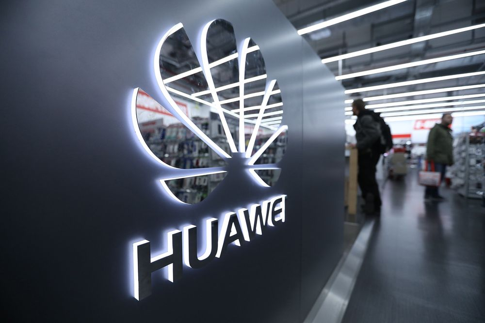 Huawei plans high-end phone launch under cloud of Android ban