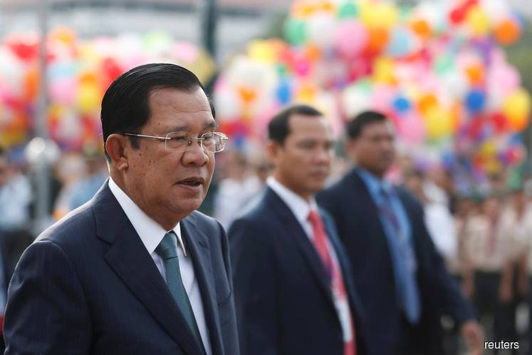 In reversal, Cambodia's Hun Sen offers US new 'bond of friendship'
