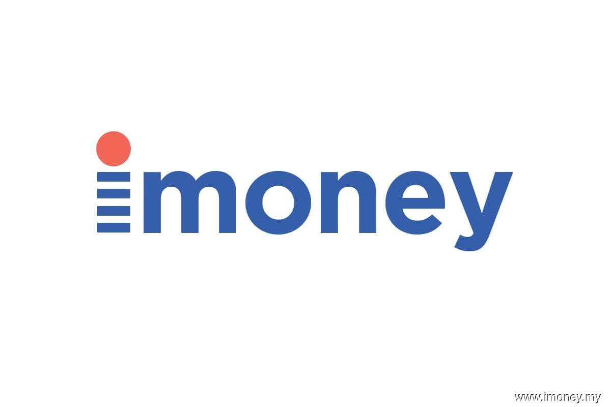 iMoney's largest shareholder exits company