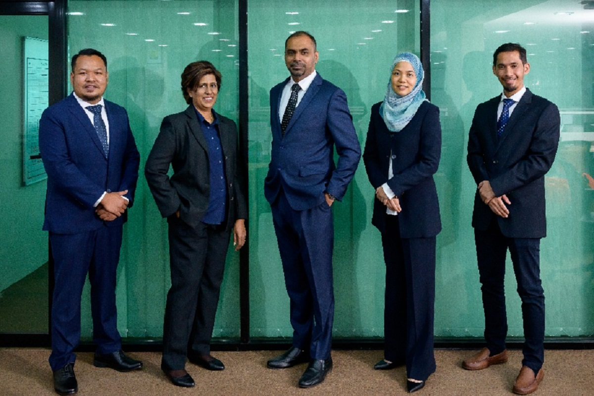 (From left) Steel Hawk Bhd executive director/chief operating officer (onshore) Salimi Khairuddin, executive director/human resources and administration director Datin Annie A/P V Sinniah, group executive director/chief executive officer (CEO) Datuk Sharman Kristy Michael, chairperson and independent non-executive director Haslinda Hussein, and executive director/chief operating officer (COO)(offshore) Khairul Nazri Kamarudin.