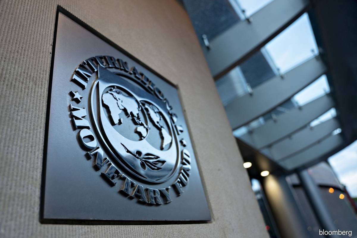 IMF nations approve record US$650 billion to aid virus fight