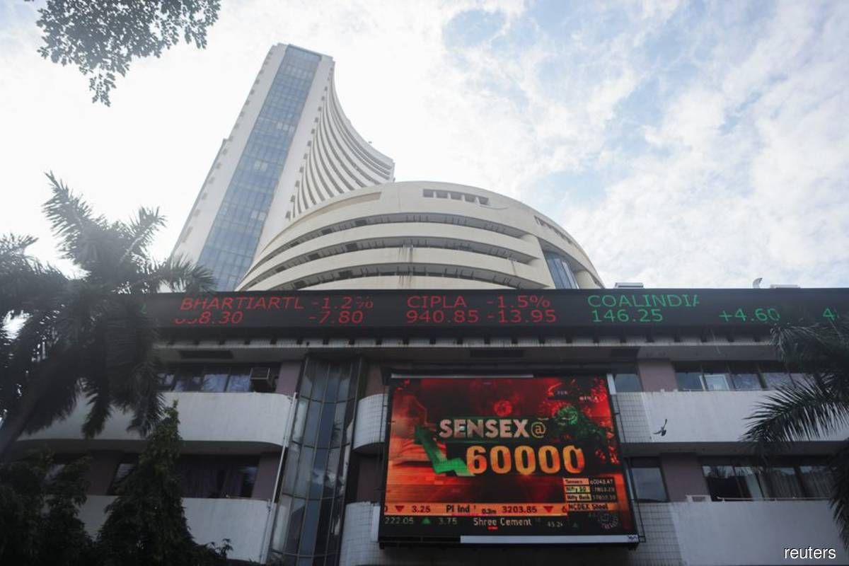Indian shares open flat as tech erases energy gains