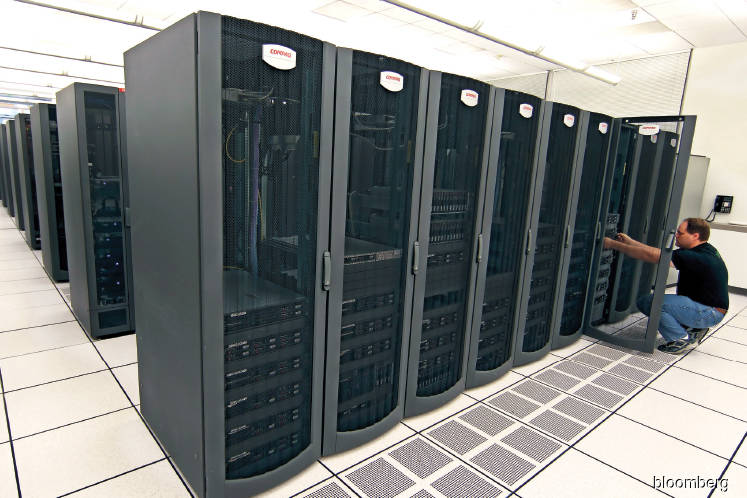 Tech: The next big thing in the cloud for investors