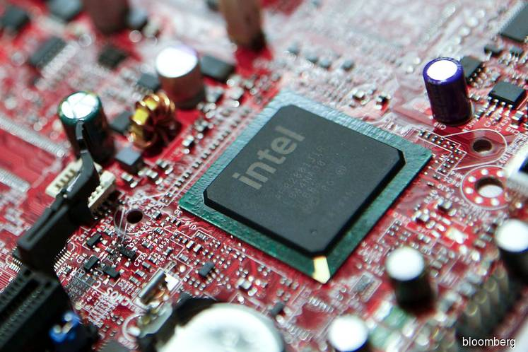 Intel first-quarter revenue up by 23 percent annually