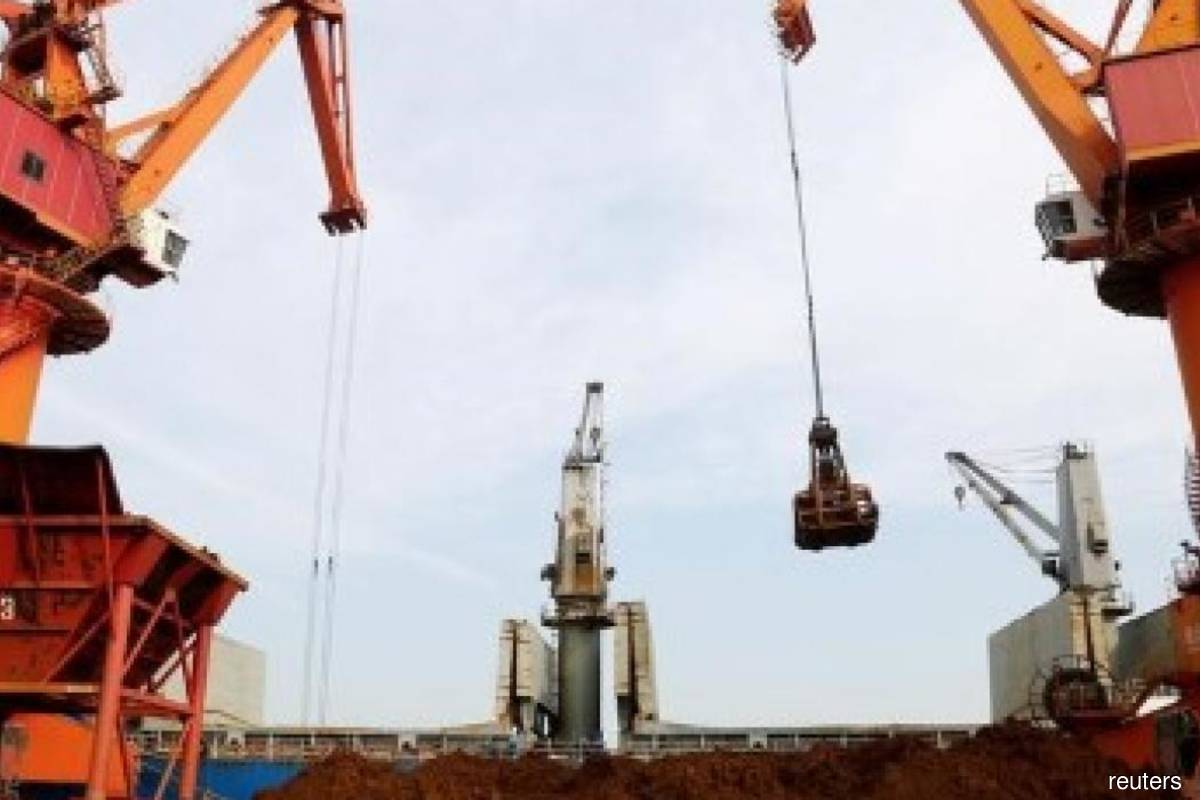 Dalian iron ore futures jump on report of output curb easing in Tangshan