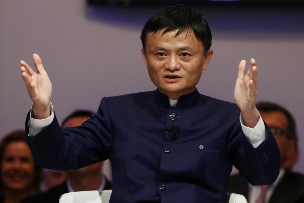 Alibaba founder Jack Ma smells the orchids on Dutch horticulture tour