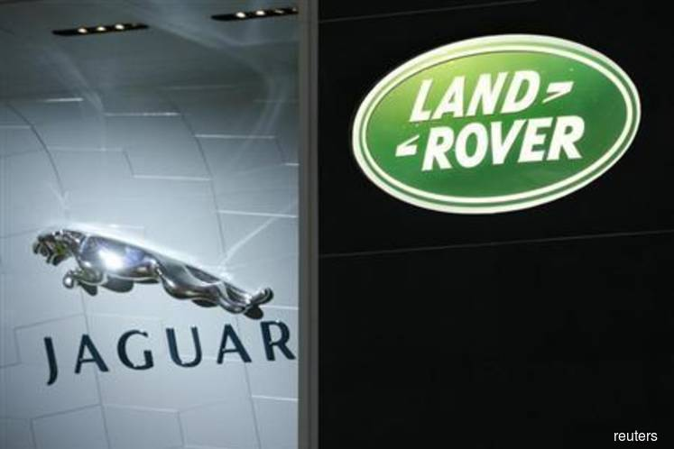 Jaguar Land Rover to build electric cars at UK plant