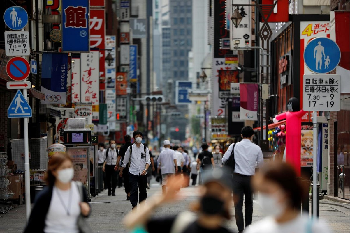 Japan sees near-record 1,547 coronavirus cases in possible '3rd wave'   The  Edge Markets