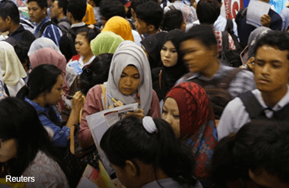 Bank Negara: Jobless youths on the rise and many are young grads